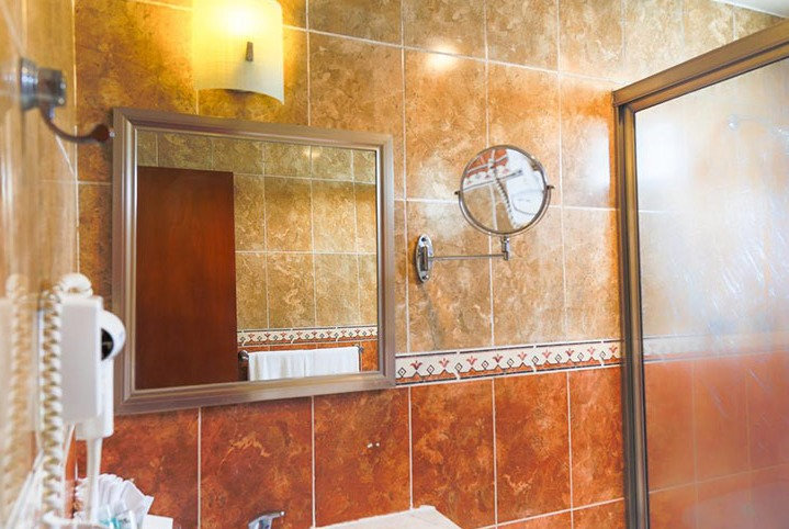 HOTEL VILLA ITALIA SOLO ADULTOS